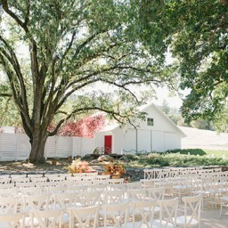 Colorful-and-modern-Durham-Ranch-wedding-8